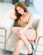 Younha Sexy Legs Exposed Breasts Naked 001