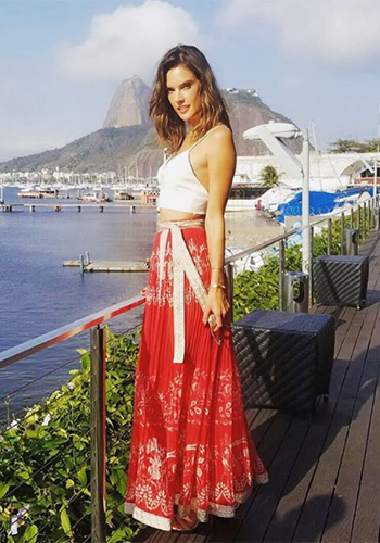 Alessandra Ambrosio Instafashion - Etro Floral-print Pleated Wrap Skirt