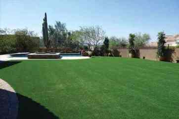 beautiful-artificial-grass-backyard