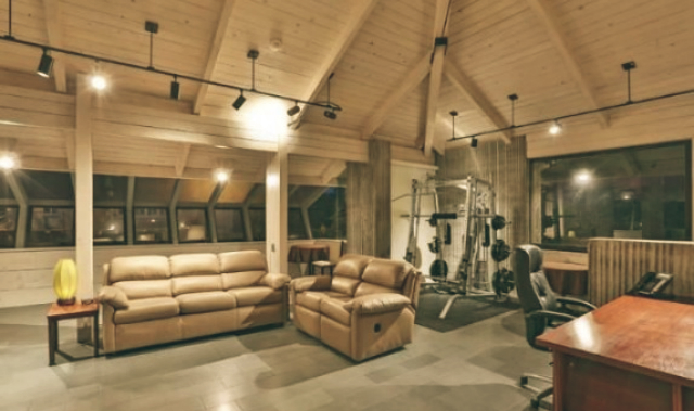 Leonardo DiCaprio Malibu Beach Home celebrity homes gym