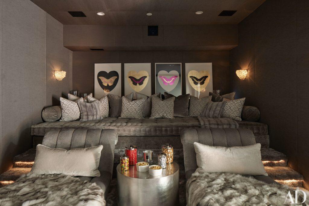 Celebrity Homes Khloé and Kourtney Kardashian Dream Homes in California (22)