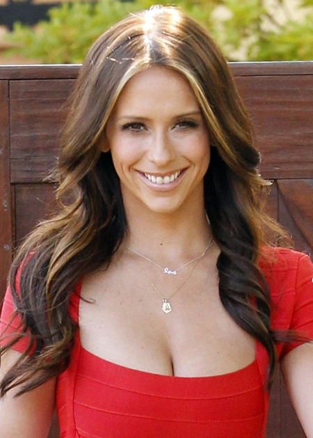 Jennifer Love Hewitt F...