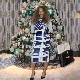 Celebrities Christmas Trees 2014 Pictures, Taylor Swift, Beyonce, Lady Gaga, Kardashians, Selena Gomez