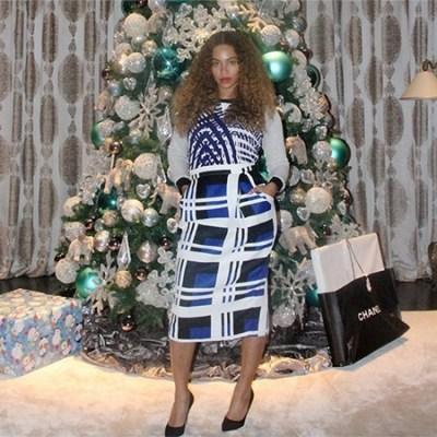 Beyoncé Christmas Tree 2014