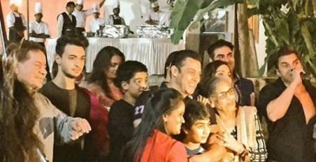 Salman Khan Birthday Bash 2015 Pictures