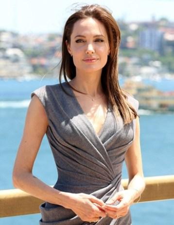 Angelina Jolie Height Weight Bra Size
