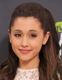 Ariana Grande Body Measurements Weight Height Shoe Bra Size Stats