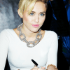 Miley Cyrus Body Measurements Bra Size Weight Height Shoe Stats
