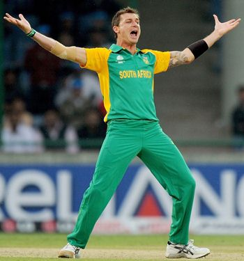 Dale Steyn Body Measurements
