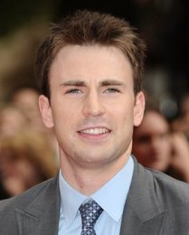 Body Measurements of Chris Evans with Height Weight Shoe Size Stats