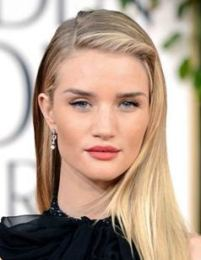 Rosie Huntington-Whiteley Body Measurements Bra Size Height Weight Stats