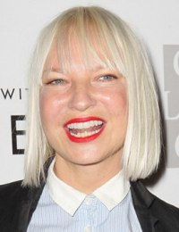 Sia Furler Body Measurements Weight Height Shoe Bra Size Stats