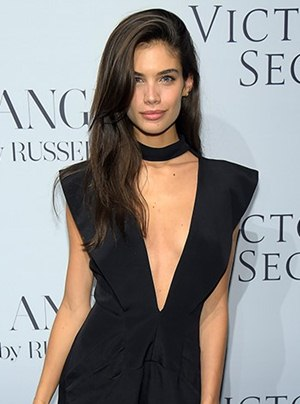 Sara Sampaio Body Measurements