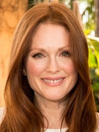 Julianne Moore Body Measurements Bra Size Height Weight Shoe Vital Stats