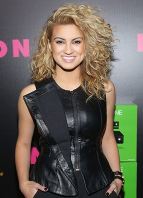 Tori Kelly Body Measurements