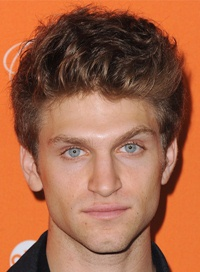 How old is keegan allen