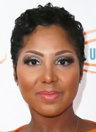 Toni Braxton Body Measurements Height Weight Bra Size Shoe Dress Vital Stats