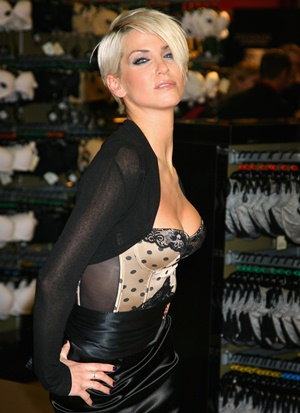 Sarah Harding Body Measurements