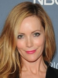 Leslie Mann Body Measurements Bra Size Height Weight Vital Statistics Facts