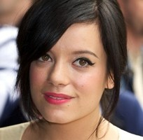 Lily Allen Body Measurements Height Weight Bra Size Shoe Vital Stats Facts