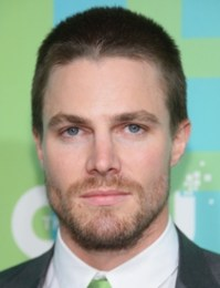 Stephen Amell Body Measurements Height Weight Shoe Biceps Abs Size Vital Stats