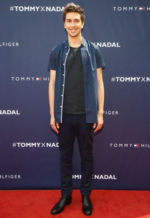 Nat Wolff Height Weight Body Shape