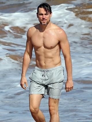 Matt Bomer Body Measur... Taylor Lautner Date
