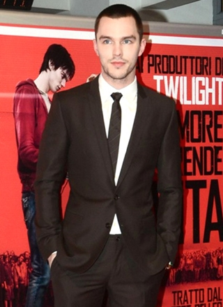 Nicholas Hoult Body Measurements Height Weight