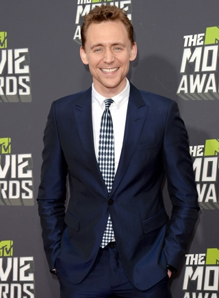 Tom Hiddleston Body Measurements Height Weight