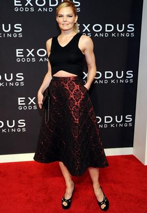 Jennifer Morrison Height Weight Body Figure Shape