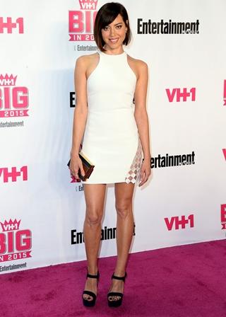 Aubrey Plaza Height Weight Body Figure Shape