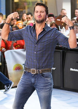 Luke Bryan Body Measurements Height Weight