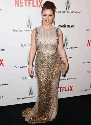 Alyssa Milano Height Weight Bra Size