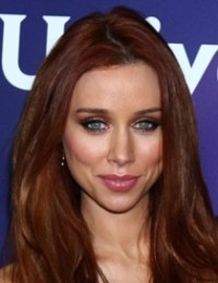 Una Healy Bra Size Height Weight Body Measurements Vital Stats Facts