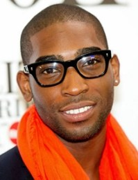 Tinie Tempah Height Weight Body Measurements Shoe Size Age Stats