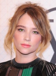 Haley Bennett Height Weight Body Measurements Bra Size Age Facts Ethnicity