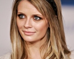 Mischa Barton Body Measurements Height Weight Bra Shoe Size Age Facts