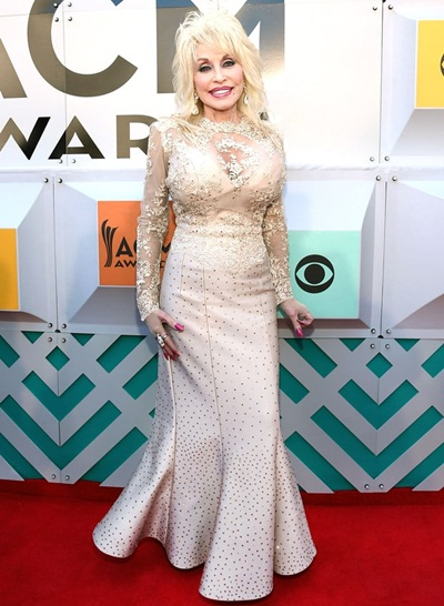 Dolly Parton Height Weight Shoe Size