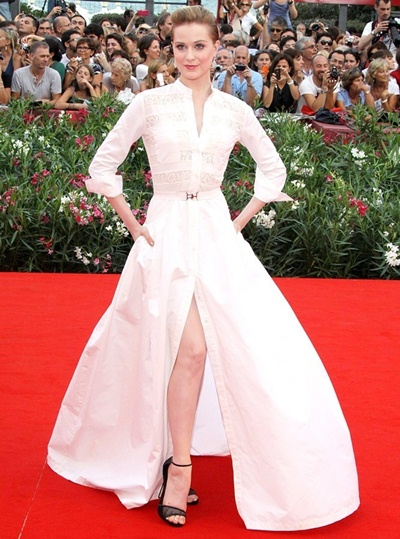 Evan Rachel Wood Height Weight Body Shape
