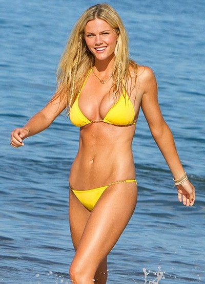 Brooklyn Decker Body Measurements Bra Size
