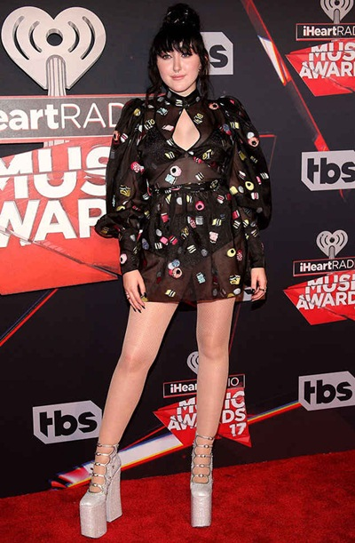 Noah Cyrus Measurements Body Shape