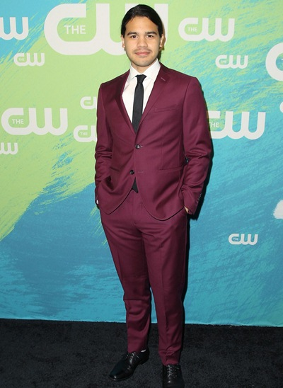 Carlos Valdes Height Weight Shoe Size