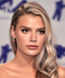Alissa Violet Measurements Height Weight Bra Size Body Stats Facts