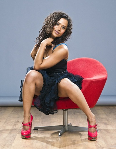 Angel Coulby Body Measurements Bra Size