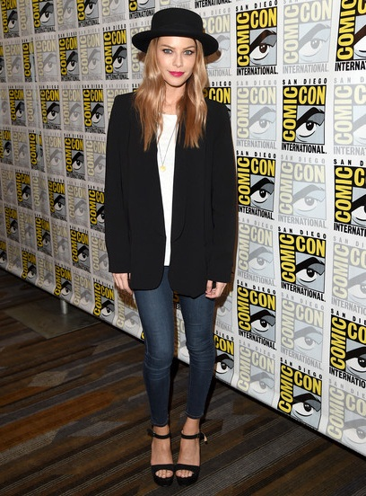 Lauren German Body Measurements Shoe Size