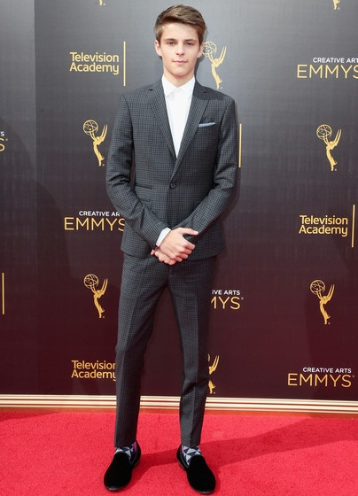 Corey Fogelmanis Body Measurements Facts