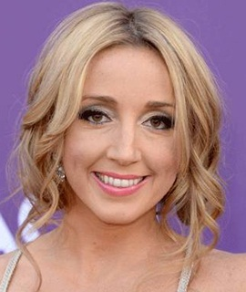 Singer Ashley Monroe