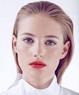 Model Sanne Vloet