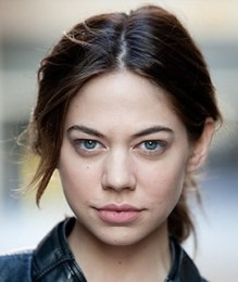 Analeigh Tipton Height Weight Bra Size Age Body Measurements Facts