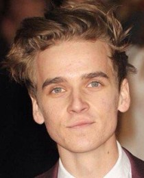 Joe Sugg Height Weight Body Measurements Age Shoe Size Stats Facts